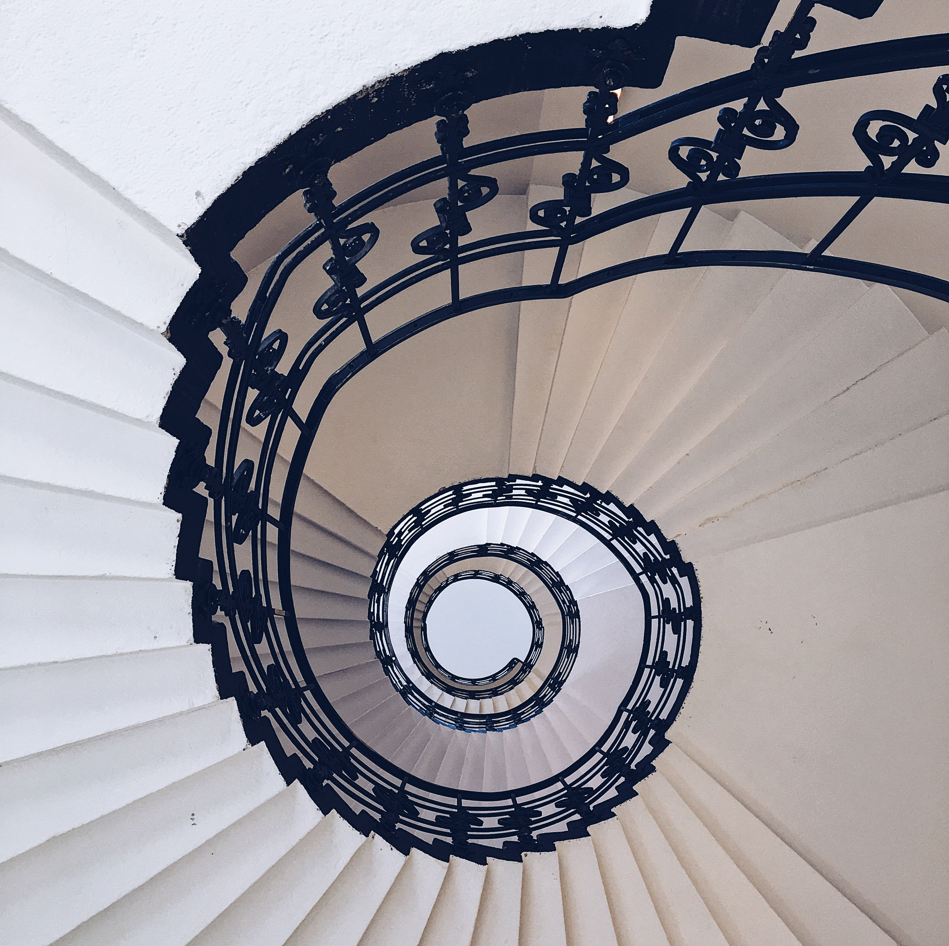 Spiralförmige Treppe: Dermatologikum, Treppenhäuser Hamburg