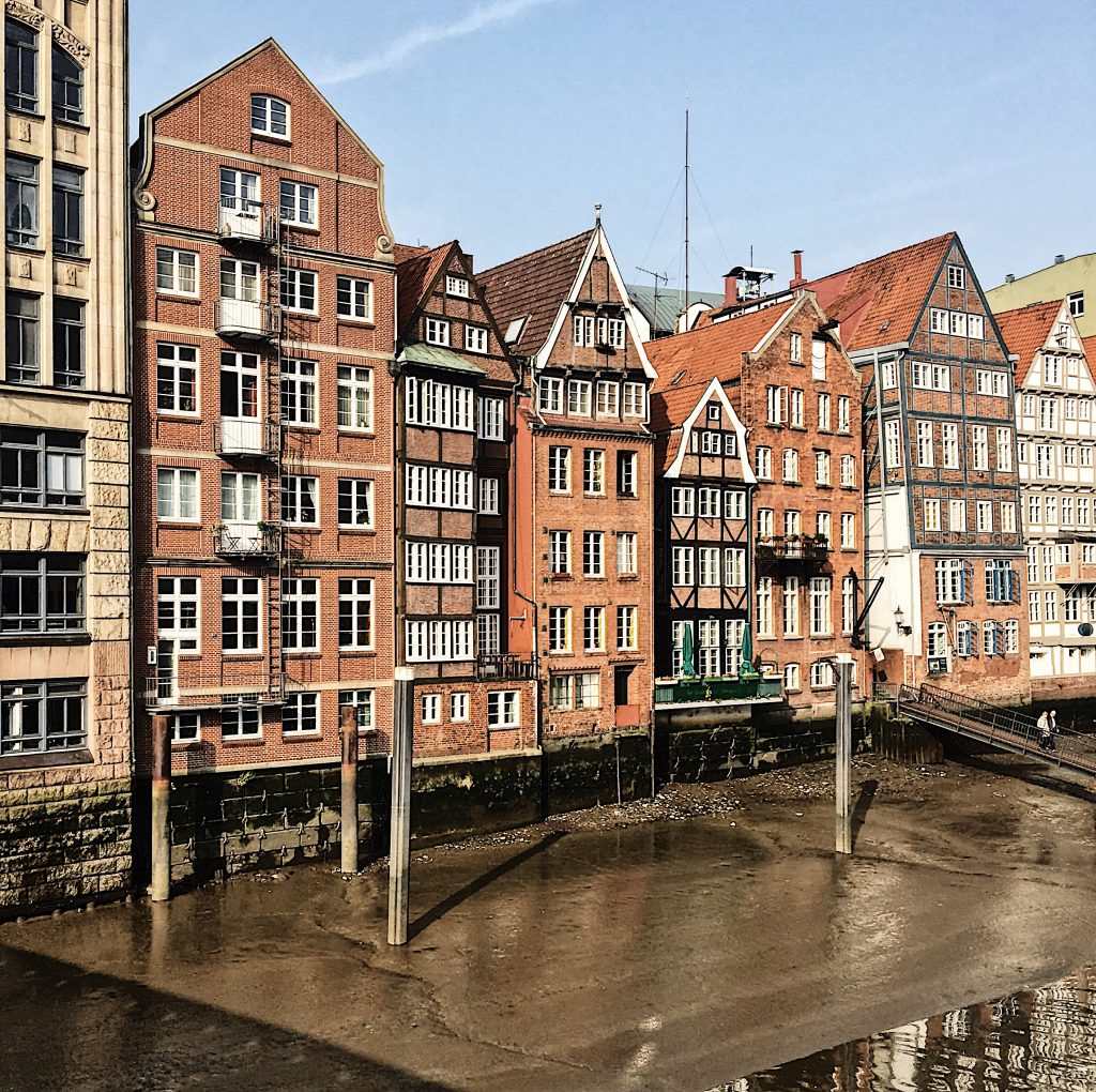 Hamburgs Kanäle: Nikolaifleet mit Fachwerkhäusern (Foto: Susanne Krieg)