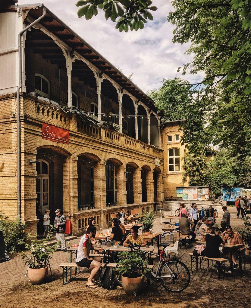Das Sein in Altona: draussen sitzen in Hamburg