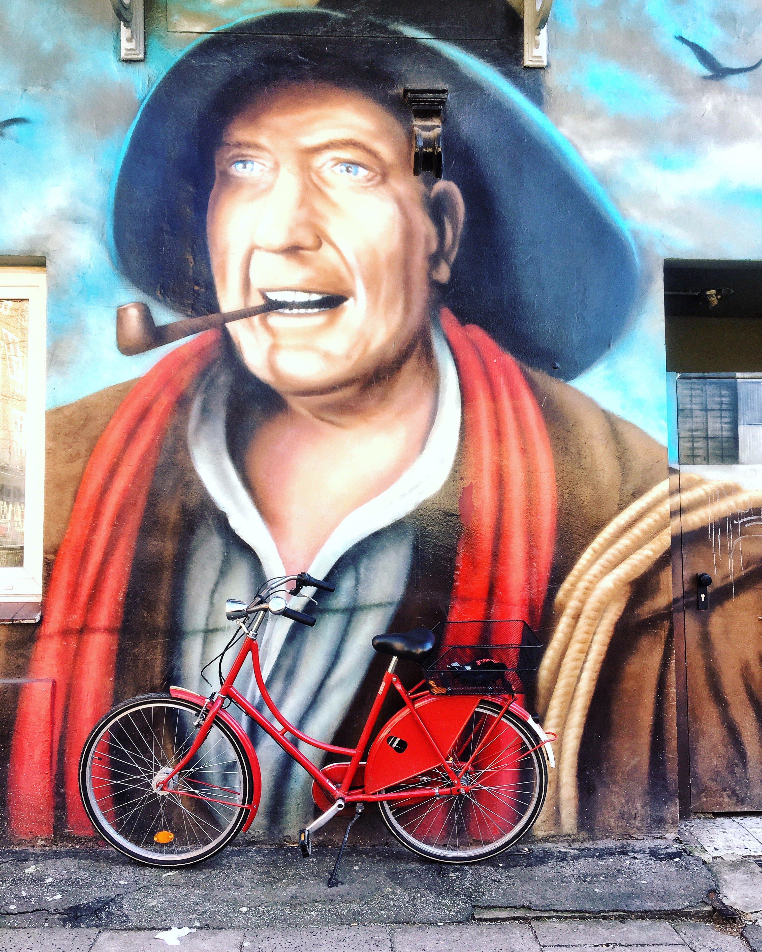 Streetart Hamburg: Hans Albers Graffiti St. Pauli Frau Elbville Hamburg Companion