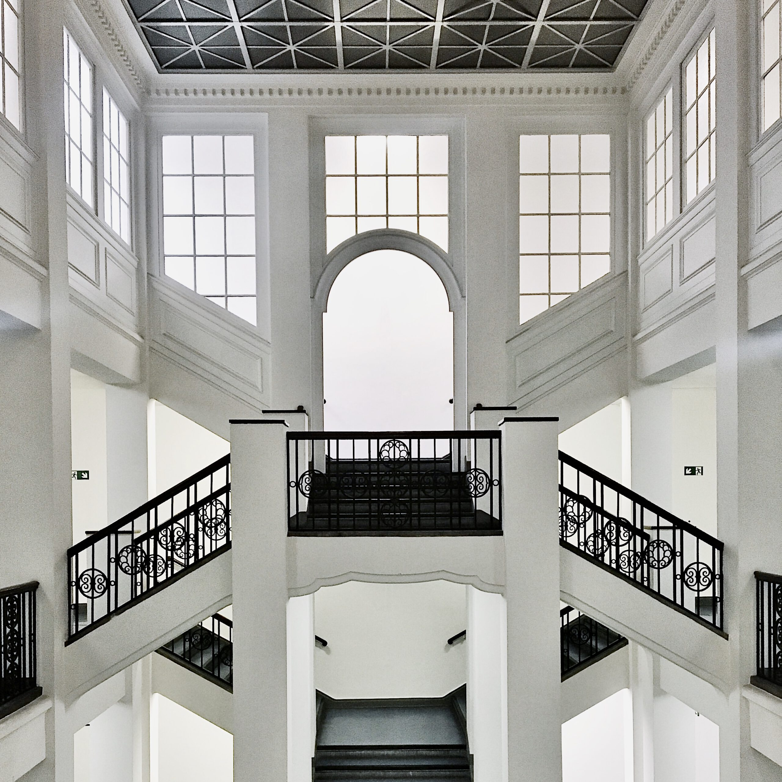 Hamburg Gebäude Von Innen: Tolle Architektur Gewerbeamt