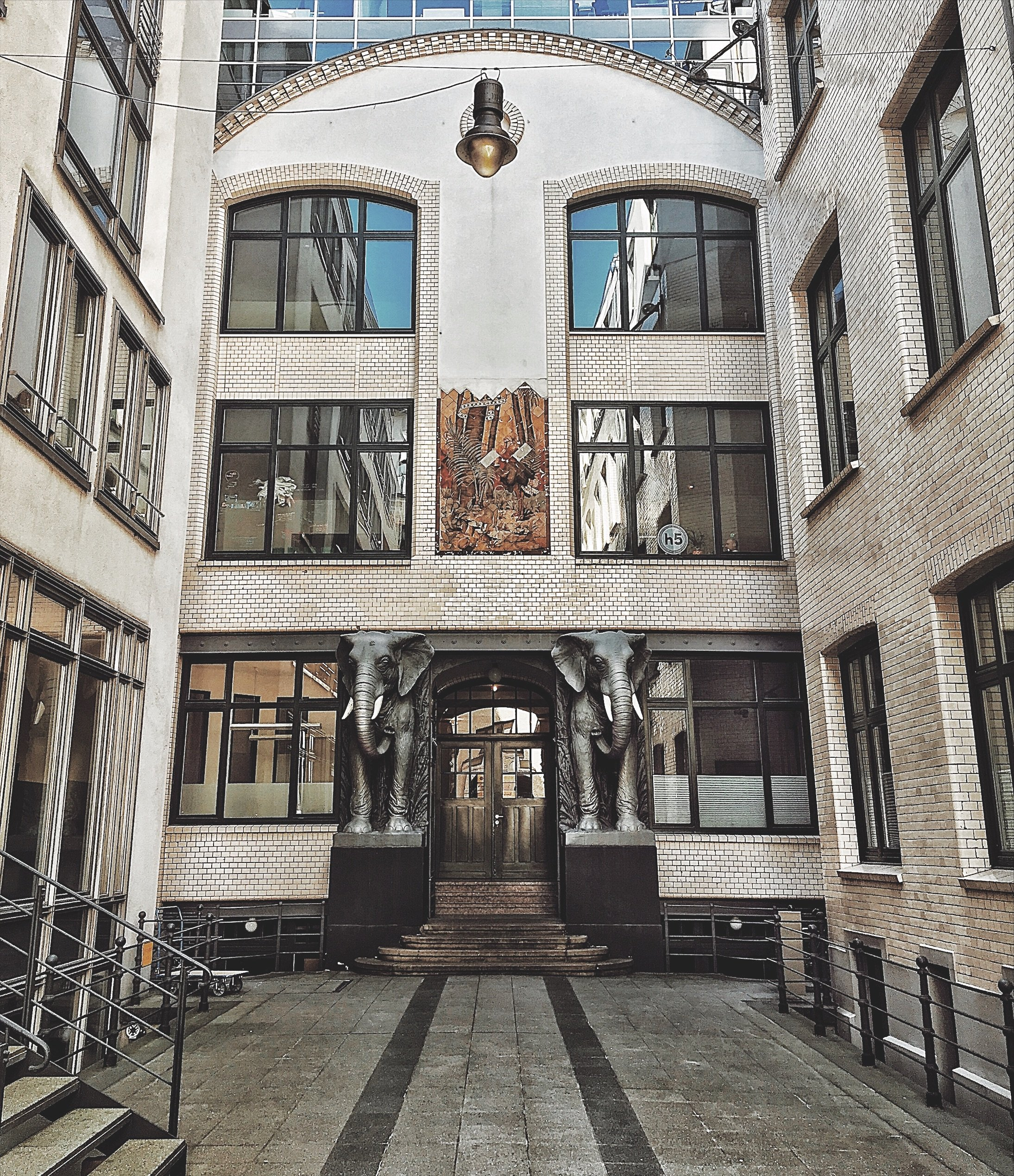 Hinterhöfe in Hamburg: Afrikaans
