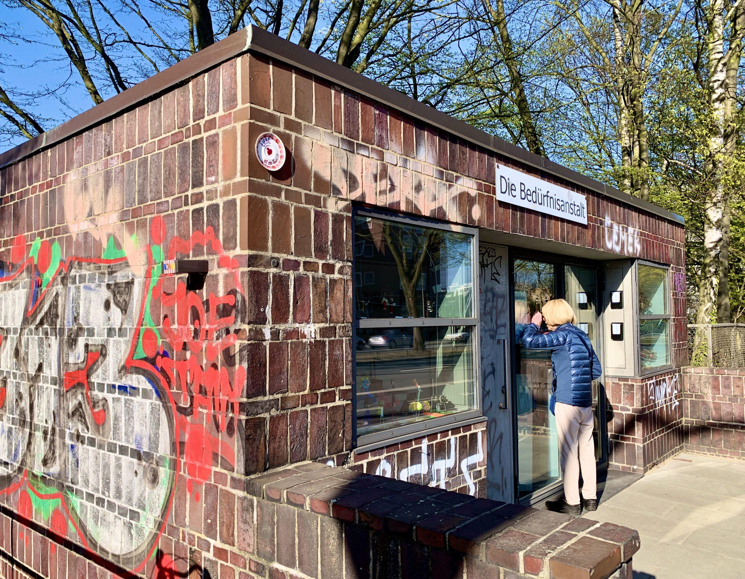 Hamburger Bedürfnisanstalt: Ottensen, Backsteinarchitektur